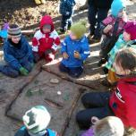 Kaip rengti vaikus einant į lauką?
