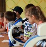 """Mokslas mažiesiems: """"MoMoLab"""" lankėsi Ilgakiemio mokykloje-darželyje"""