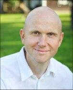 Psichologas Paulius Skruibis: kaip vaikas išgyvena netektį, priklauso nuo suaugusiųjų
