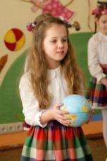 """Ikimokyklinukai siuntė muzikinius """"laiškus"""" Žemei"""