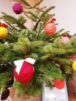 Šiltų Kalėdų grožį kuria vaikai: mažomis rankytėmis išmyluoti žaisliukai
