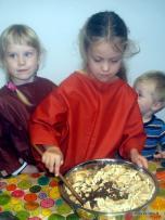 Ikimokyklinukai susipažino su maisto gaminimo ypatumais