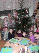 Kalėdines eglutes puošėme netradiciškai