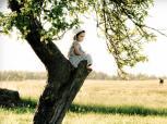 Leiskime vaikams lipti į medžius