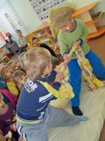 """Kretingos r. Darbėnų gimnazijos ikimokyklinio ugdymo skyriuje įgyvendinamas modelis """"Raktažolė"""""""