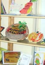 Sveiko maisto paslaptys sugulė į pačių kurtas knygeles