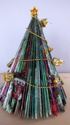 """Netradicinių kalėdinių eglučių paroda Anykščių vaikų lopšeyje-darželyje """"Eglutė"""""""
